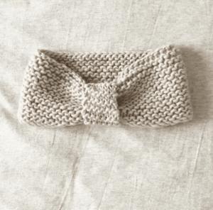 Head-band au tricot avec une seule pelote de laine