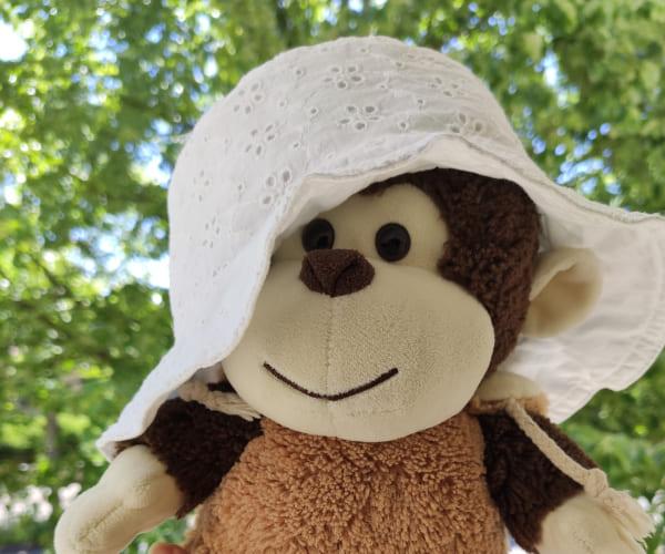 Premier bilan mensuel - chapeau pour enfant