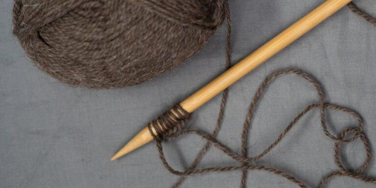Comment monter des mailles au tricot